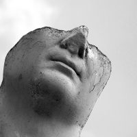 statue-1342404_640